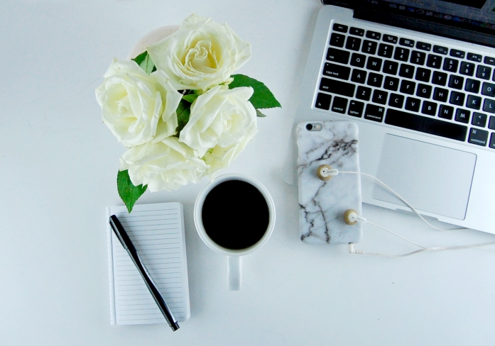 desk_flowers_flatlay.jpg